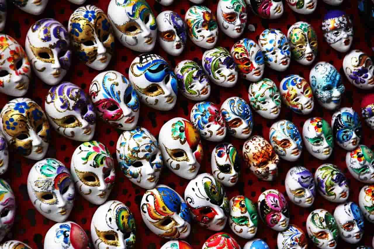 Velencei karnevál maszkjai